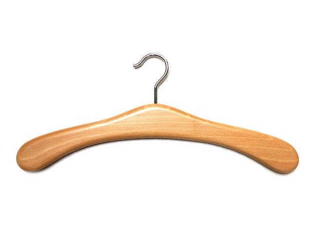 Eleganter Holzkleiderbügel