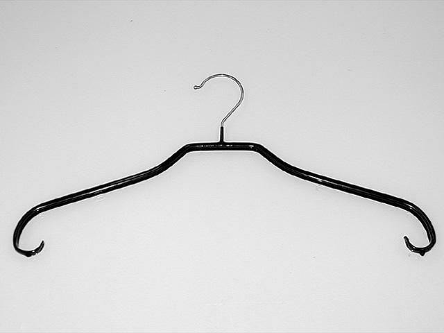 Kleiderbügel Schwarz gummiert